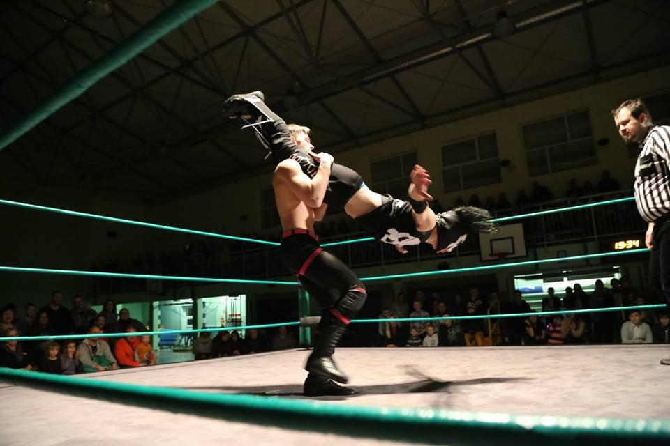 Znalezione obrazy dla zapytania maniac zone wrestling
