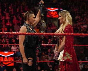 Kto był największym wyzwaniem Charlotte według Rica Flaira?, Nigel McGuinness zwolniony przez WWE?